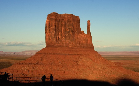 monument valley big and beautiful singles Here are some tips on how to take the best photos at monument valley scenic arizona: photography tips for clouds and cloud shadows and big sky become.