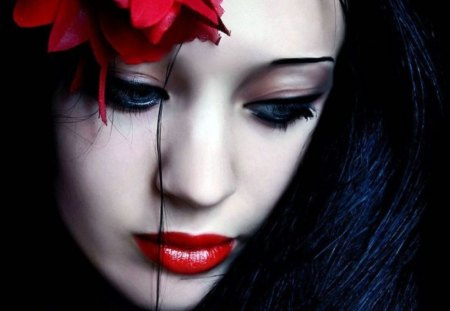 goth girl frame lips - photo #22