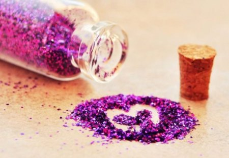 Glitter heart (for Mileny) - wall, bottle, purple, photo, picture, colour, color, cute, photograph, tiny, heart, wallpaper, small, image, glitter, pic, sweet