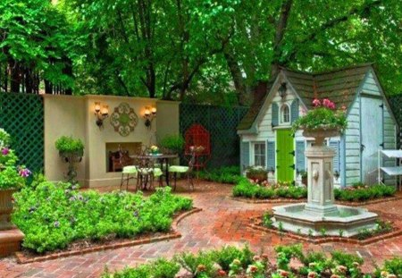 Pretty courtyard with tiny house houses architecture for Small house with courtyard