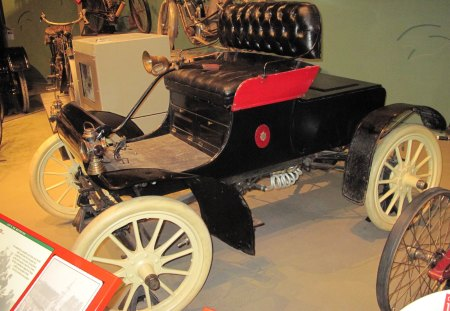 1902 Cadillac at the museum - wood, black, wheels, red, cadillac, yellow