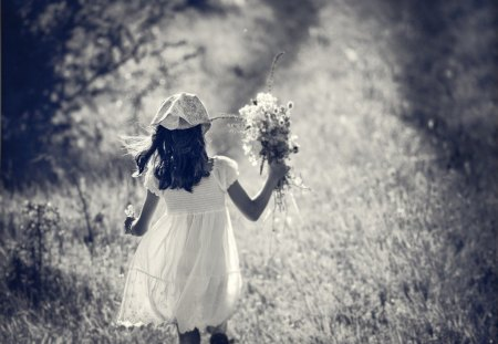 SUMMER DAY - girl, flowers, summer, bw, phtography, child, dreamy