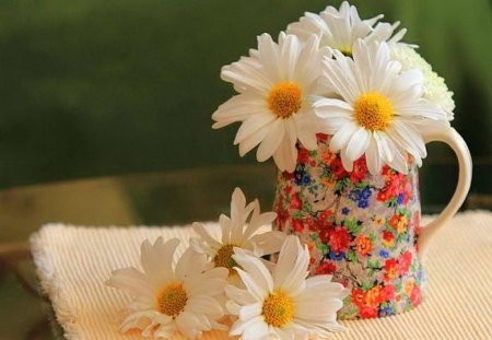 Cup of daisies for Pat - flowers, daisies, cup, white, yellow