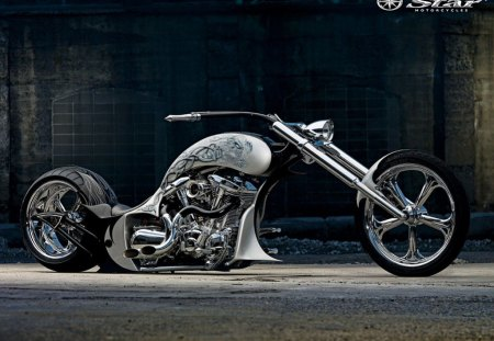 ROLLING THUNDER - custom, motorcycle, art, bikes