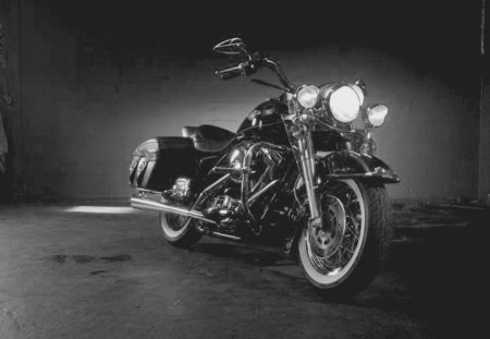 Black & White Harley - bike, motorcycle, black, white, black and white, harley