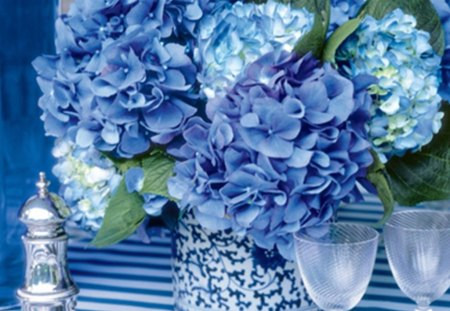 Rhapsody in Blue - glass, cloth, hydrangea, table