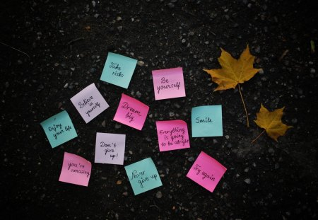 Post it Note - wallpaper, post it, smile, note, text