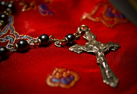 ●♥Faith♥● - rosary, pearls, cross, black, faith, red