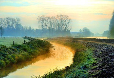 RIVER FOG - river, morning, fog, nature