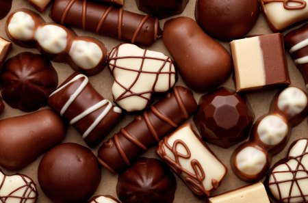 Chocolately Delicious - candy, white, desert, brown, chocolate, sweet, food