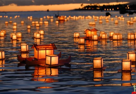 Amazing Small Beautiful Candle Ships In Water - light, amazing, small, candle
