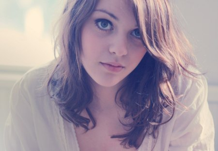 Imogen Dyer - brunette, imogen dyer, eyes, women