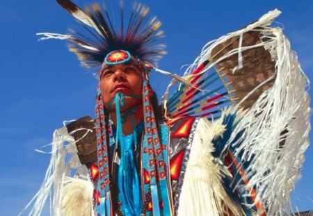 AMERICAN NATIVE MAN - men, native people, american native, regalia