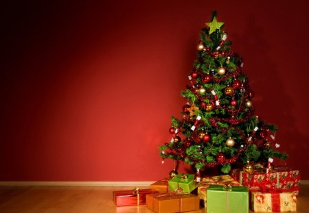Gifts under the christmas tree - Other & Abstract Background ...