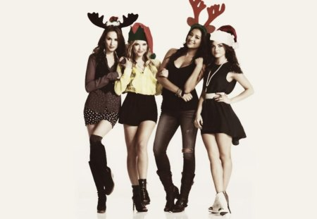 Pretty Little Liars - Christmas - Actresses & People Background ...