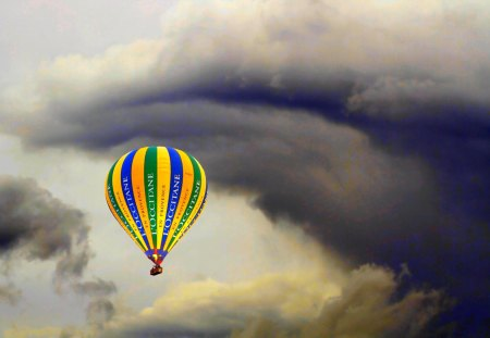 HOT AIR BALLOON - air, balloon, clouds, hot, sky