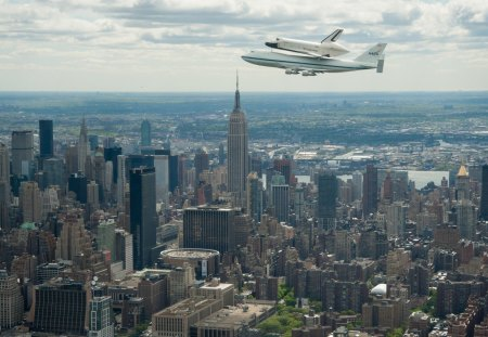 the enterprise over empire state building - plane, shuttle, city, skyscrapers