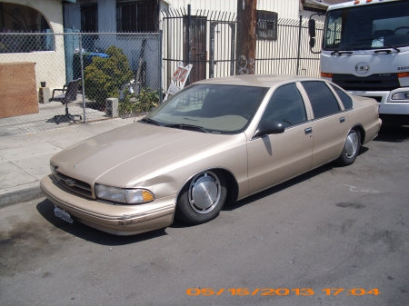 beat up chevy caprice chevrolet car beater caprice