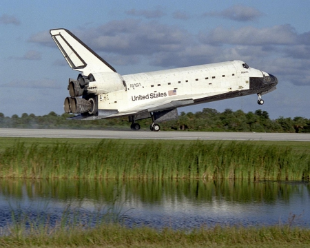 shuttle landing - shuttle, kennedy center, touching down, runway, atlantis