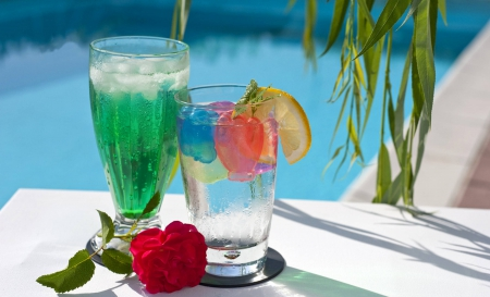 Drinks by the Pool - Hawaii - tropical, aqua, pool, luxury, swimming, hawaii, paradise, exotic, cocktails, islands, island, water, relax, hawaiian, drinks, sun