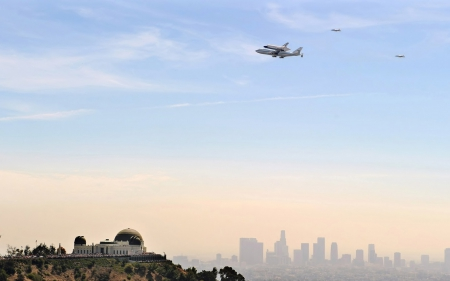 the shuttle endeavour arriving in los angeles - plane, obsevatory, shuttle, city, sky