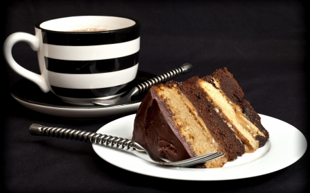 Coffee and Cake - cups, cup, coffee, brown, dark, cake, drink, drinks, sweet, cakes