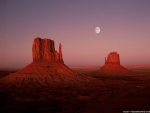 Moon Rise at Monument Valley Utah