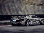 fantastic painted mclaren p1 in motion