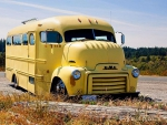 1953 GMC, Old Skool Bus