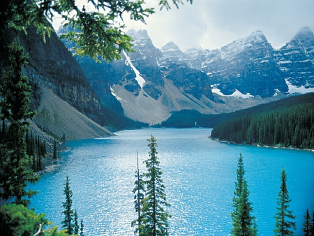 Moraine Lake - Rocky Mountains - lake, rocky mountains, moraine lake, alberta, rockies, canada, moraine
