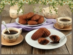 Sweet moments with coffee aroma