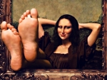 Relaxed Mona Lisa