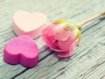 *Pink hearts and a rose*