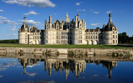 Castillo de chambord france medieval architecture background wallpapers on desktop nexus - Castillo de chambord ...
