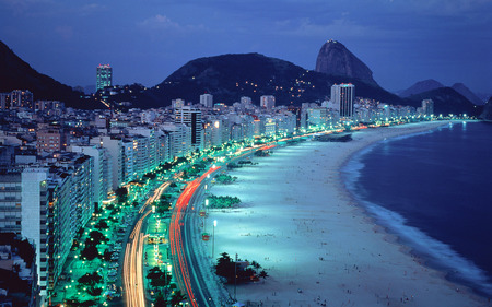 Brazil - City on the coast - brazil, windows7theme, coast, city