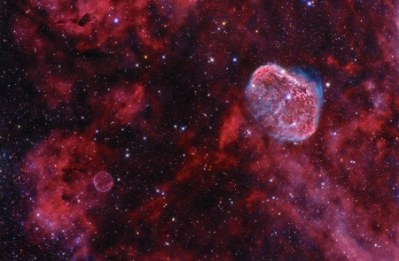 Cygnus: Bubble and Crescent - space, cool, galaxy, stars, fun