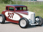 1932-Ford-Highboy-5-Window-Coupe