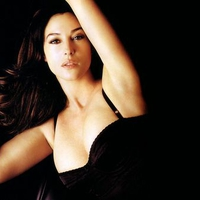 Monica Bellucci very sexy