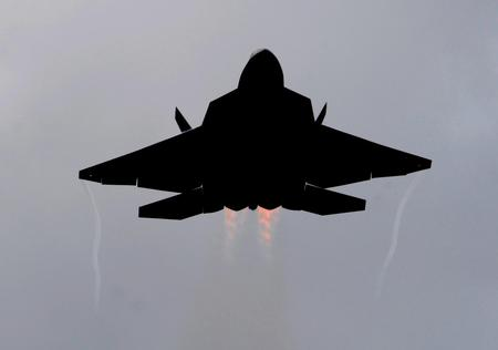 F22 RAPTOR IN SILHOUETTE - f22, jet, raptor, recon