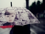 Umbrella - Audrey Hepburn