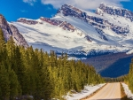 highway through canadian rockies