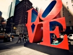 """love"" sculpture in nyc"