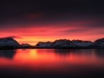 Breathtaking Mountain Lake Sunset
