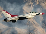 USAF Thunderbirds ( F16 Fighter Jets)