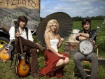 Cowgirl & The Band Perry..