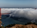 Golden Gate Bridge - The Fog Rolls In