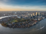 The Isle of Dogs and the Canary Wharf business district, bound by the River Thames at Greenwich Reach.