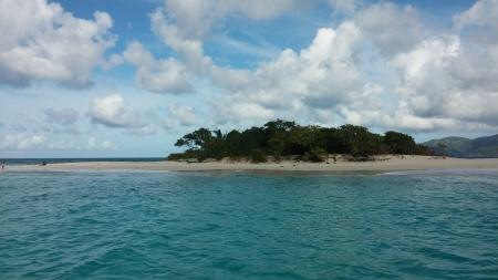 Sandy Cay - tropical Island, clouds, blue, waves, sand, trees, sea, island, tropical, beach, vacation, sky, ocean, sailing, water