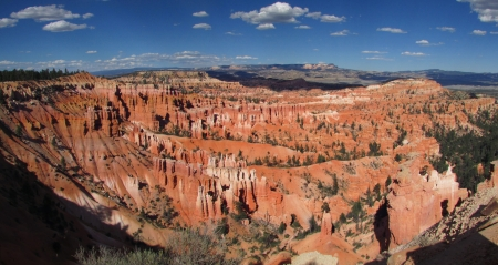 Bryce Canyon in Summer - Nature, National Parks, Mountains, Photography, Deserts, Canyons