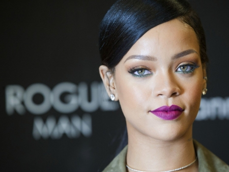 RIHANNA - SONGWRITER, SINGER, FASHION, MODEL